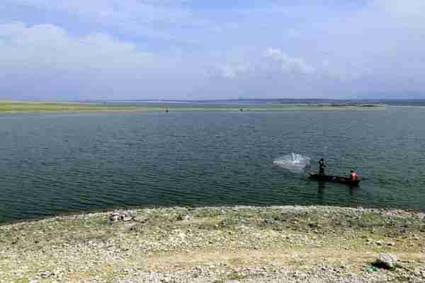 Fisherman active at Nyamba Ya Mungu reservoir